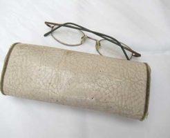 棺桶に入れてあげたかった眼鏡